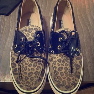 Leopard sperry sneakers
